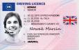 Kolekcjonerskie prawo jazdy z Wielkiej Brytanii spowoduje, że poczujesz się jak królowa Elżbieta, która uwielbia prowadzić swoje auto.