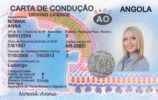 Kolekcjonerskie prawo jazdy z Angoli jest oryginalnym prezentem dla każdego, kto kocha afrykańską kulturę i ma w sobie żyłkę misjonarza.