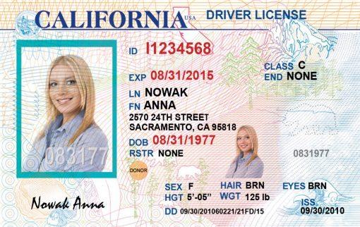Kolekcjonerskie prawo jazdy z Kalifornii jest wspaniałą pamiątką dla wszystkich osób, które marzą by spełnić swój american dream.